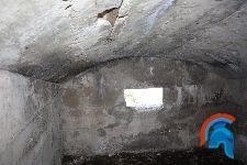 Vivienda Catenaria y Bunker  Posición La Sevillana