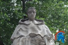 Monumento a Tirso de Molina