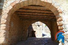 La puerta o arco Bros