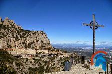 Cruz de San Miguel en Montserrat