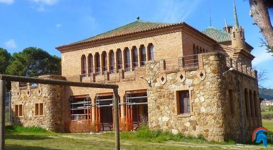 Escuela y casa del maestro, colonia Güell