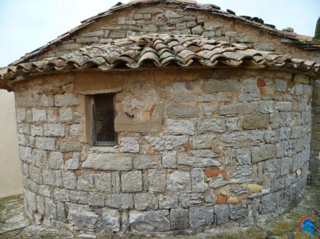 Sant Pere de Mirambell
