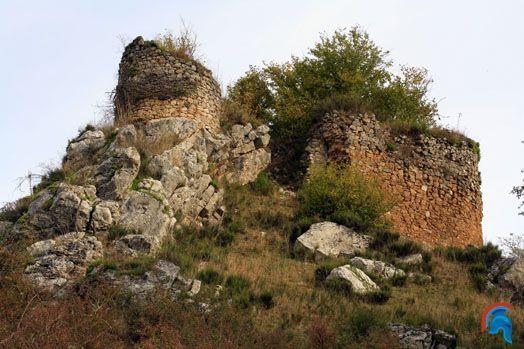 Castillo Alesga en Teverga