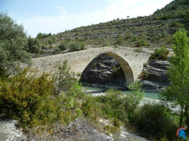Puente románico de Roda de Isábena