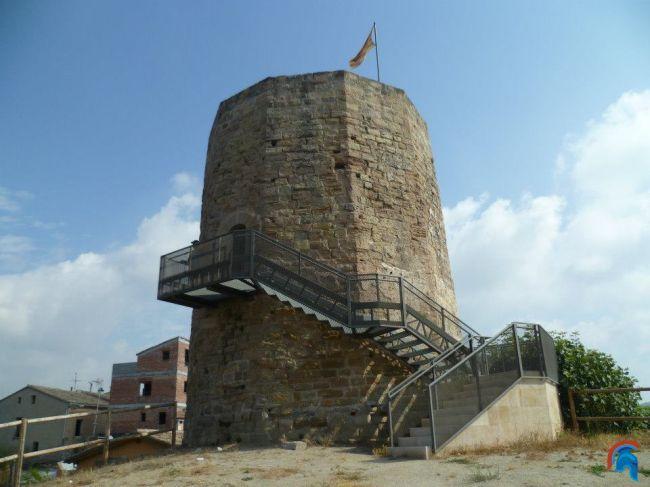 Torre del castillo de Ódena