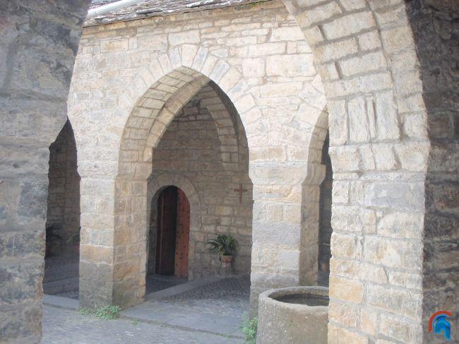 Iglesia de Santa María Aínsa