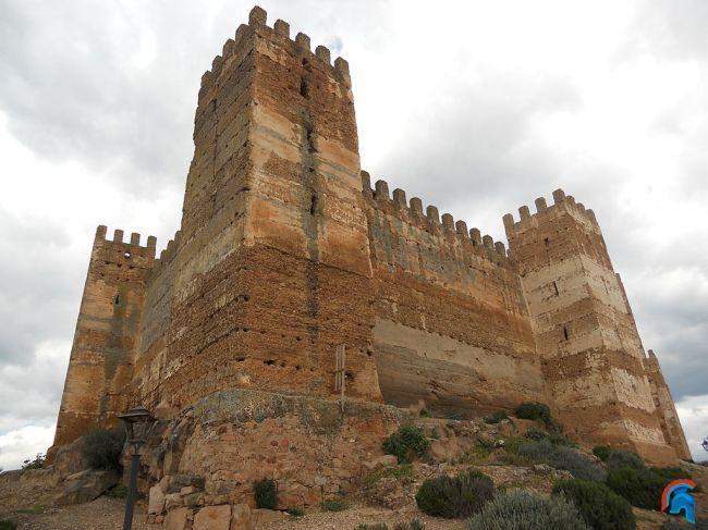 Castillo de ba os de la encina - Castillo de banos de la encina ...