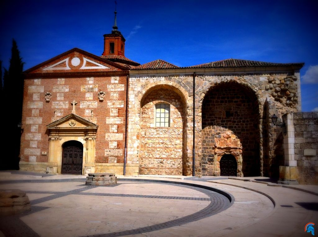 Pareja fecha azotar cerca de Alcalá de Henares