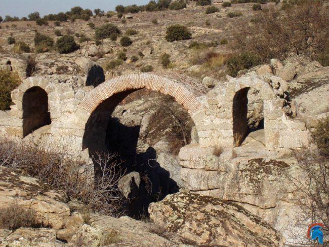 Puente Canasta San Martin Montalban San Martín de Montalbán
